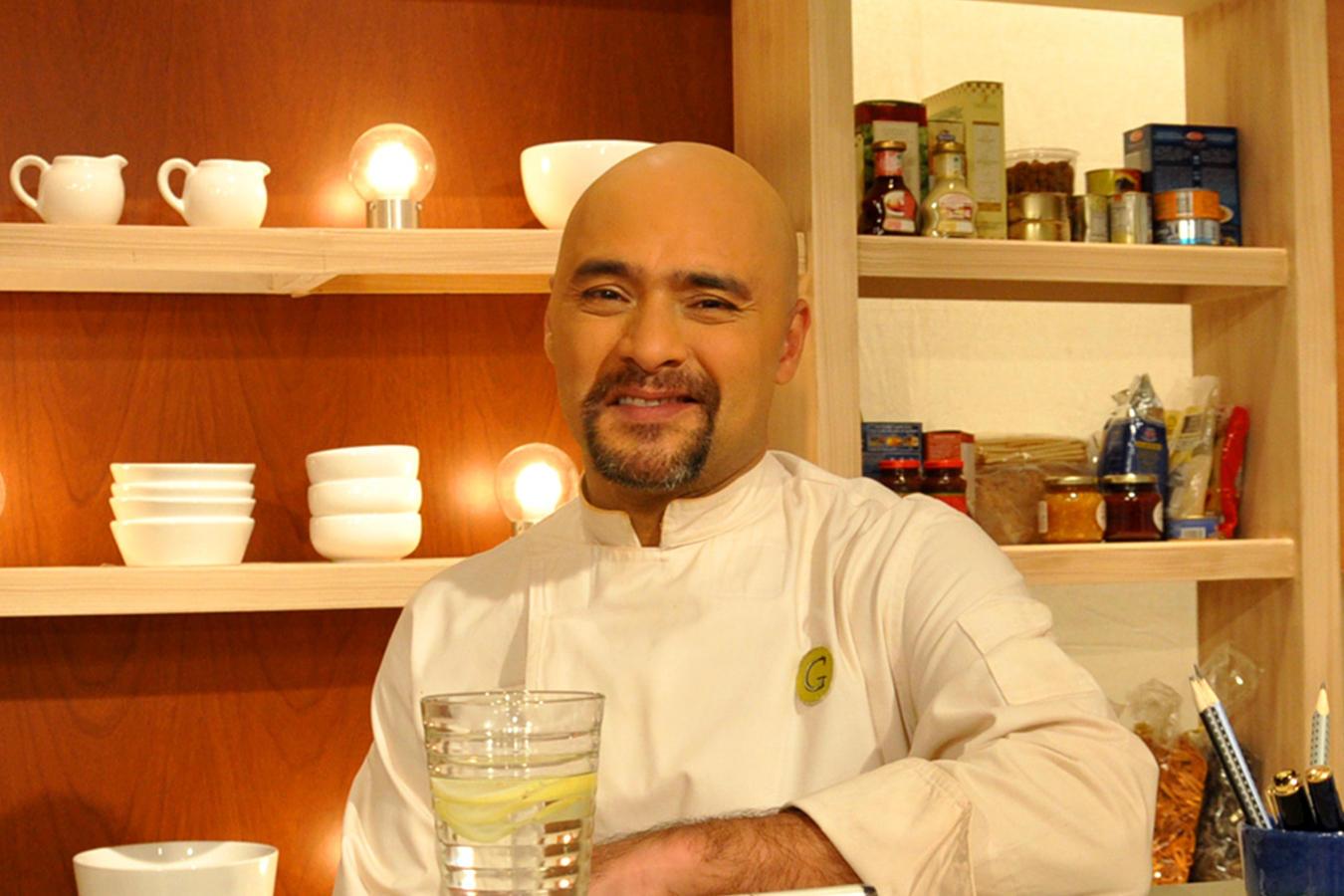 Sumito Estévez en El Gourmet