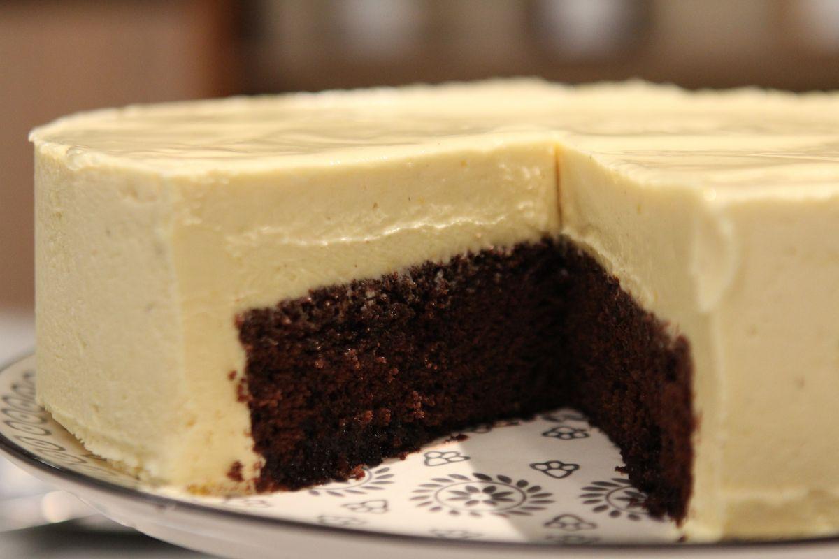 Pastel Chocolate Blanco